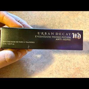 Other - Brand new! UD eyeshadow primer